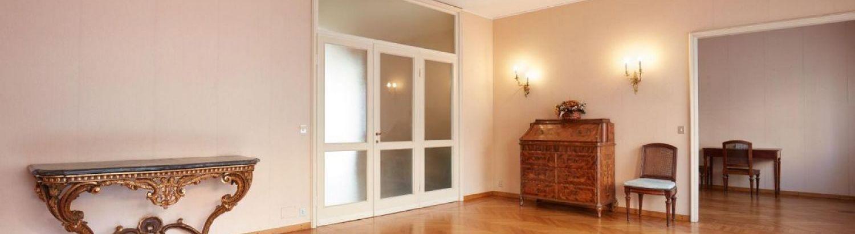 Jak wybrać najlepsze rolety wewnętrzne do swojego mieszkania?